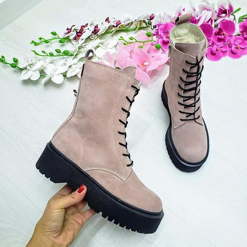 Пудровые ботинки на шнурках натуральная замша фото