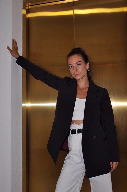 Черный двубортный пиджак фото