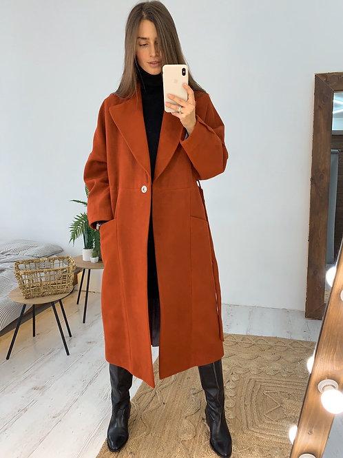 Терракотовое кашемировое пальто миди с поясом фото