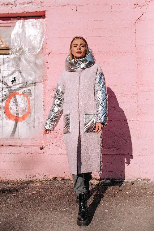 Зимний серебряный пуховик с розовыми вставками фото