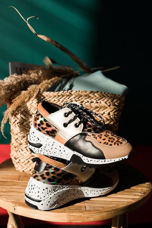 Леопардовые кроссовки с голографическими вставками Италия фото