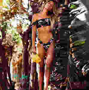 Раздельный купальник с туканами на завязках BLK