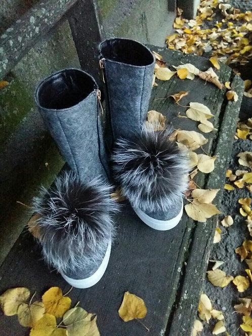 Натуральные серые шерстяные ботинки с мехом фото