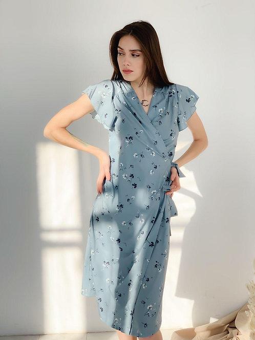 Голубое платье миди в цветочек фото