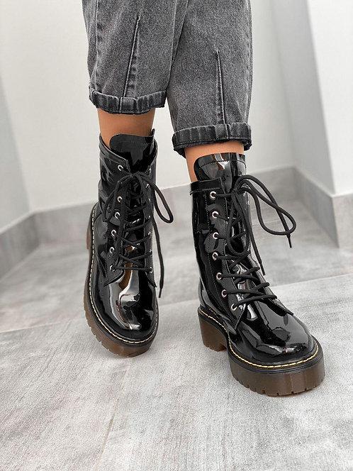 Черные лаковые натуральные кожаные ботинки на шнурках фото
