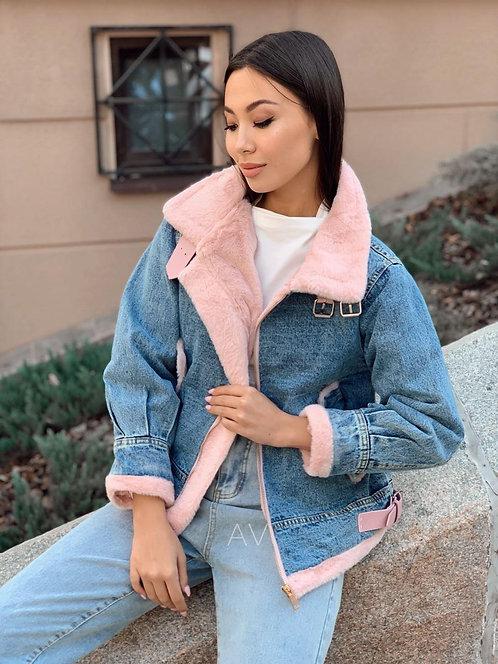 Джинсовая куртка с меховой подкладкой на молнии фото