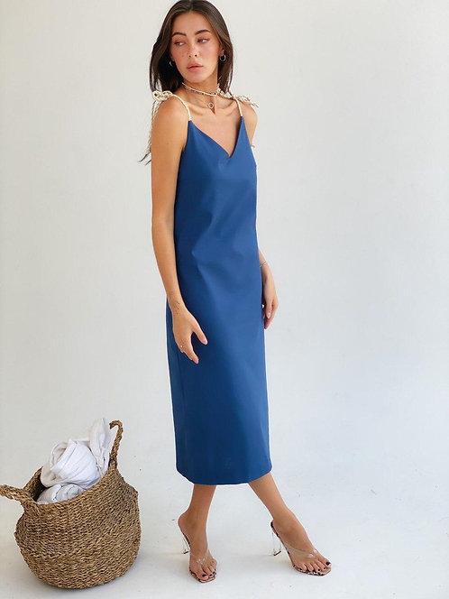 Синее платье комбинация из льна на бретельках шнурках фото