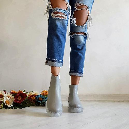 Серые натуральные кожаные ботинки челси на прозрачной подошве фото