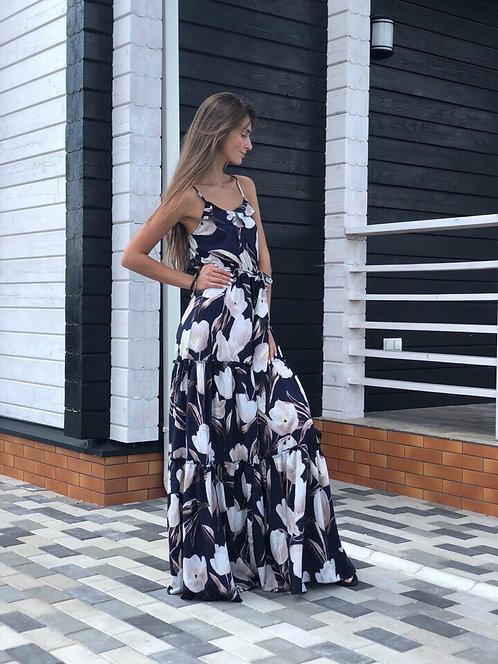 Длинное платье в цветочный рисунок фото