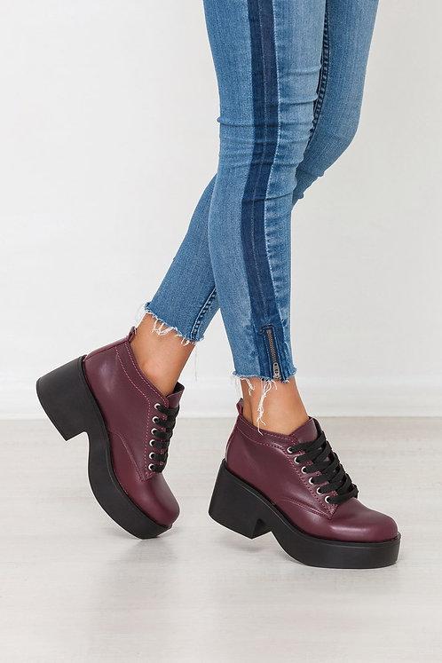 Натуральные кожаные бордовые ботинки на платформе фото