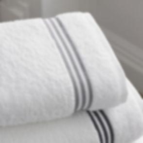 bathroom-1281614_1920.jpg
