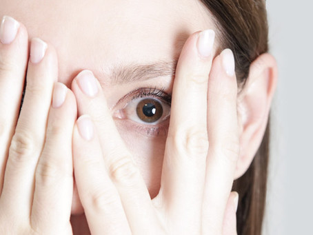 6 Reasons Why Your Eyelashes Are Falling Out