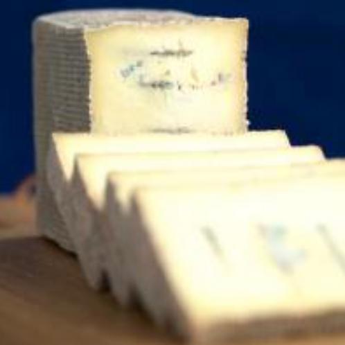 URBAN BLUE Cheese (100-120 g) - Blue Harbour Cheese