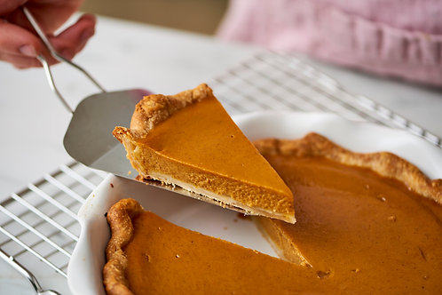 Pumpkin Pie (9 inch) - Swooping Swallow Farm
