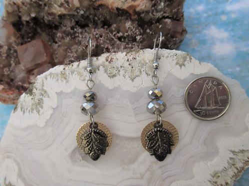 Leaf Design Dangles Earrings - Linn's Creative Jewelry