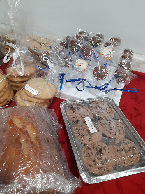 Chocolate Cupcakes (6 pk) - Amanda's Homemade Sweets