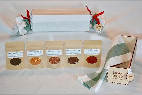 L.O.V.E. Organic Gift Box (Bold & Spicy) - Love Organic Vital Energy