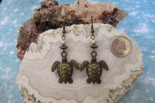 Turtle Dangles Earrings - Linn's Creative Jewelry
