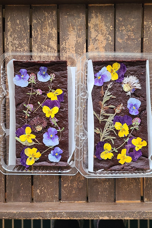 Vegan Brownies with pressed edible flowers Box of 6 - Lively Bakery