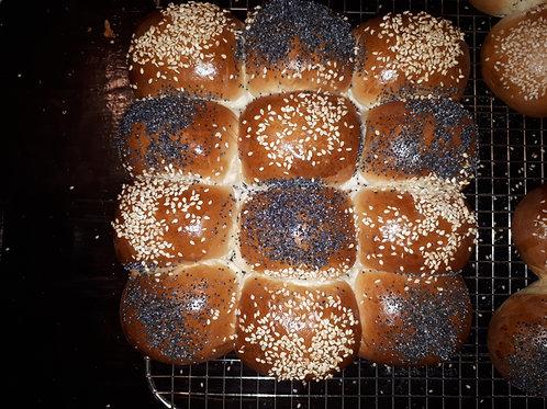 Poppy and sesame seed Dinner rolls - The Community Baker