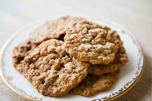 Oatmeal Raisin Cookies (8 pk) - The Community Baker