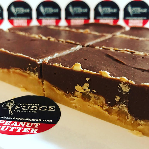 Peanut Butter Chocolate Fudge - The Baker's Fudge