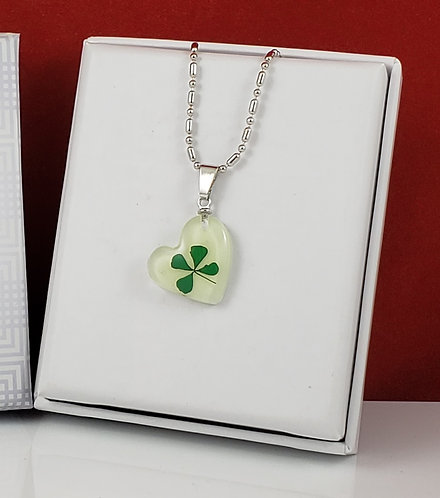 GITD REAL Four Leaf Clover - Heart