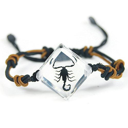 Bracelet triangle Scorpion noir