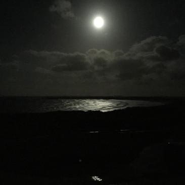 Supermoon on The Bay