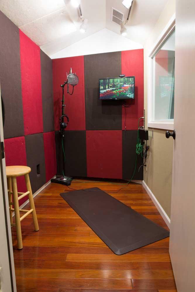 Undercaste Studios Vocal Booth 1.jpg