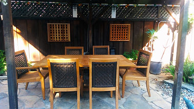 outdoor eating back patio