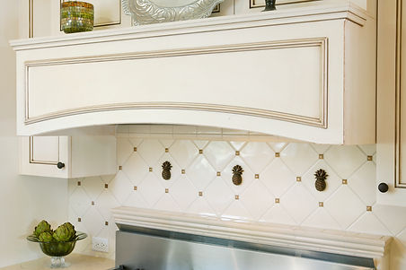 white cabinets kitchen tile hood