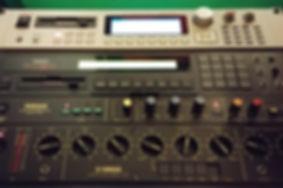 Vintique Sound vintage studio gear synths sampler delay reverb