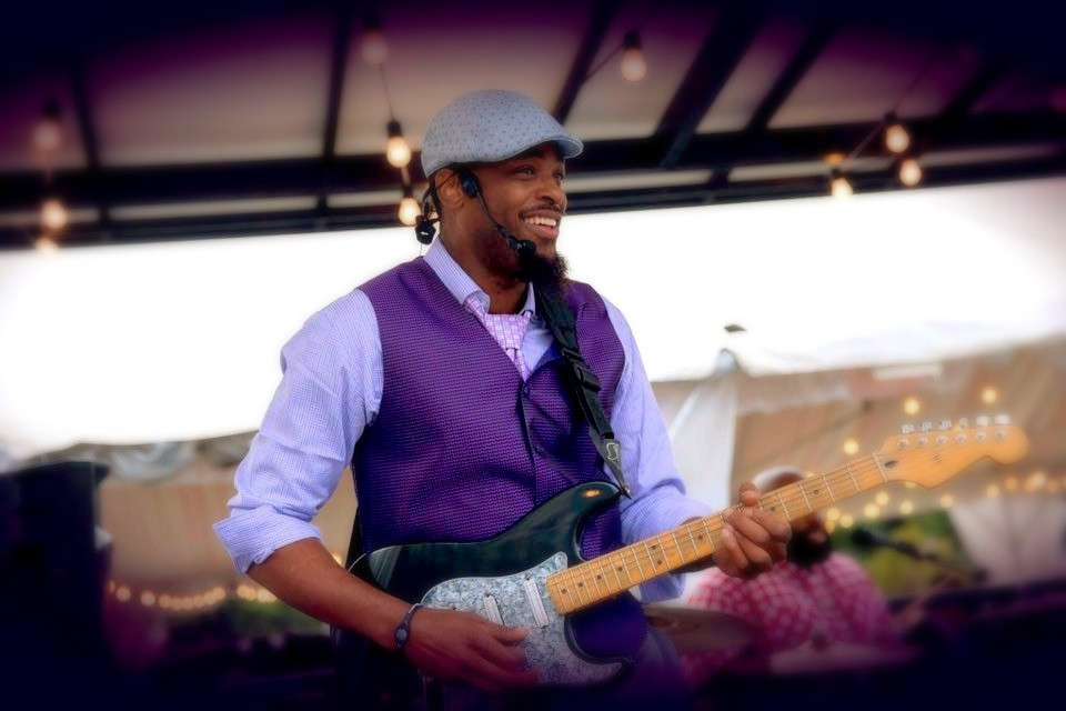 Keithen Banks w/Band at Park Grill Chicago