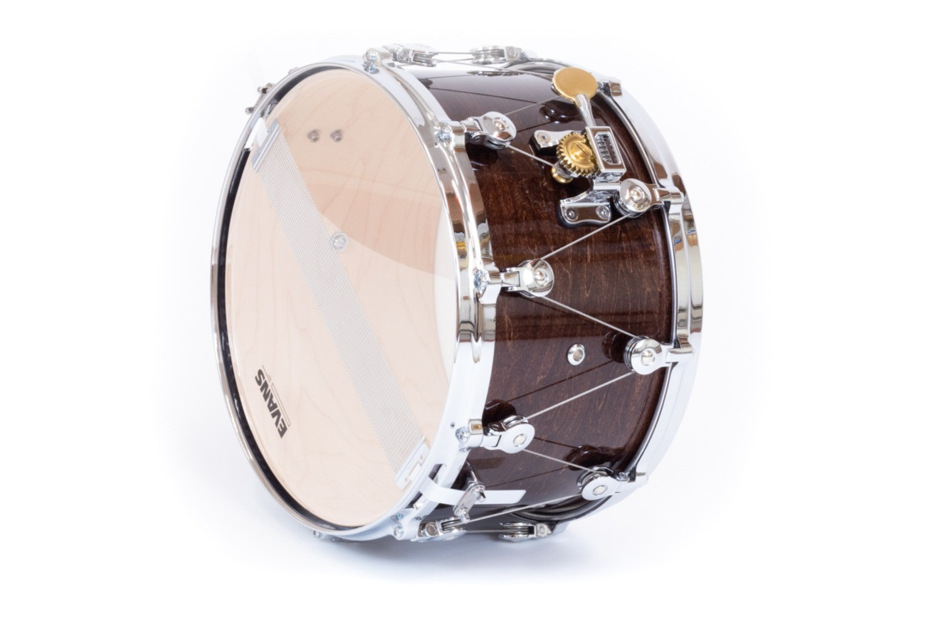 EASILY REPLACE DRUM HEADS