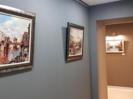 Выставка картин в офисе Private Banking Банка Открытие