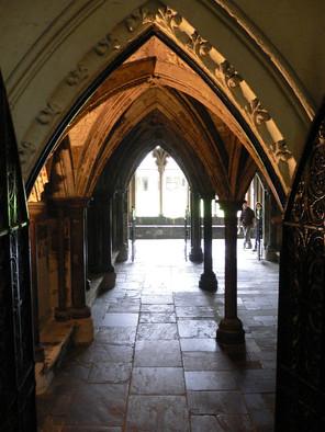 Cloisters Westminster Abbey.jpg
