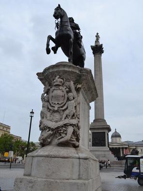 Charles I statue.jpg