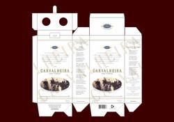Cachaça Carvalheira - Caixa dupla planificada