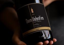 Rótulo vinho Dom Valentim - L H Nascimento