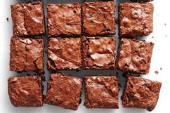 classic-chewy-brownie-102727-1.jpeg