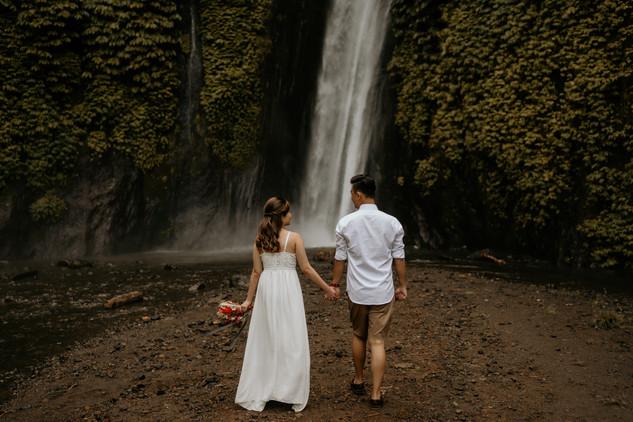 Munduk waterfall-1.jpg
