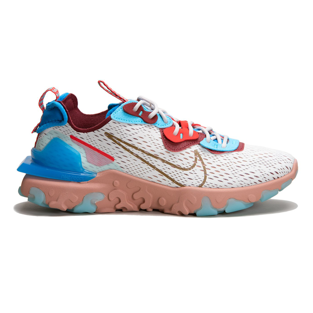 August-Shop-Nike-Scotify-Studios-1.png