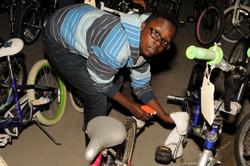 EMBODI_BicycleMan_0037.JPG