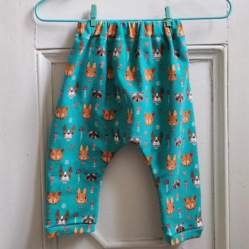 Pantalone con animaletti