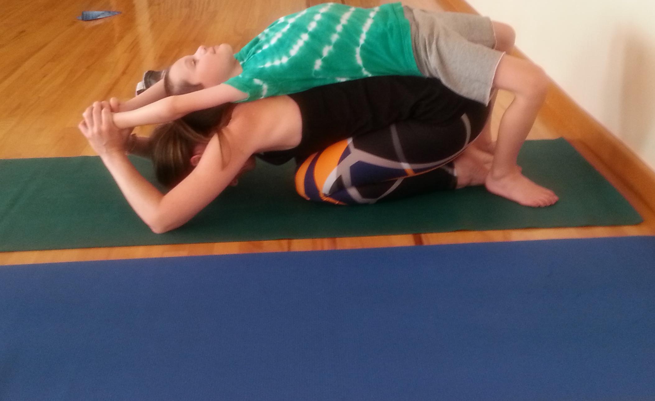 Family Yoga Neely2