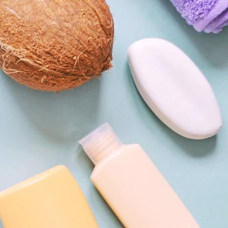 Óleo de coco e óleo de macadâmia em cosméticos pet