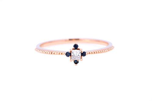 Good Knight Kiss Diamond & Sapphire Ring