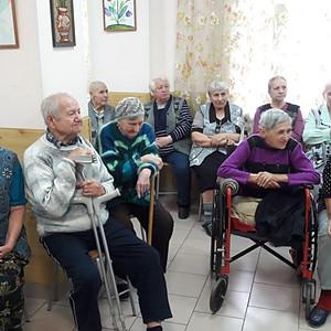 """Молодежное движение """"Светочи России"""" в Доме-интернат для престарелых"""