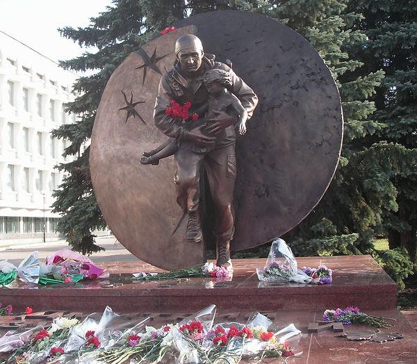 Памятник Дмитрию Разумовскому в Ульяновске